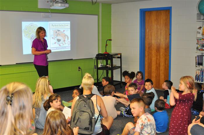 Reeds Ferry Elementary / Homepage